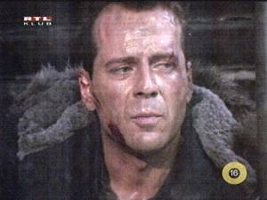 Bruce Willis kp a Die Hard 2-bl