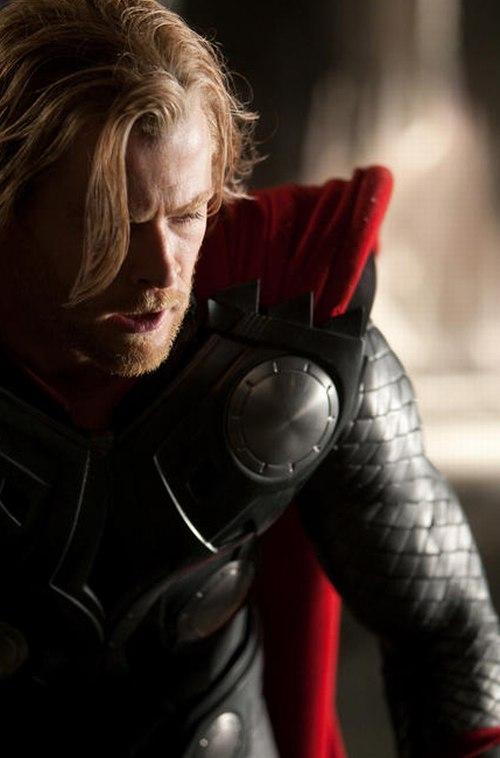 Thor szerepében Chris Hemsworth