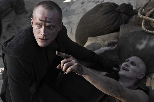 Kép a Priest-ből a főszereplővel