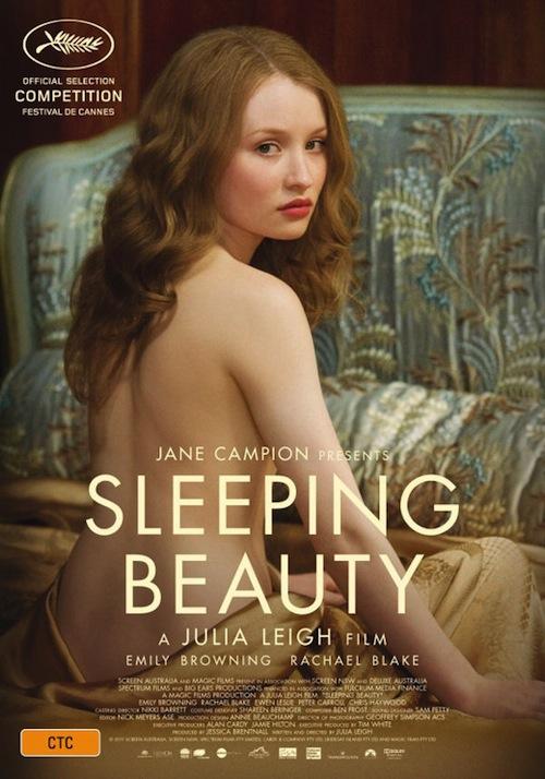 a Sleeping Beauty posztere félmeztelen nővel