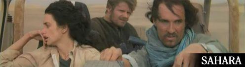 a 3 főszereplő ül a kocsiban