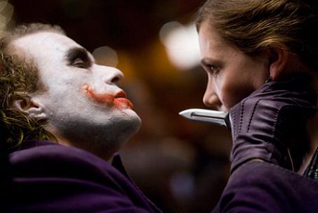 Batman The Dark Knight: Joker with a knife