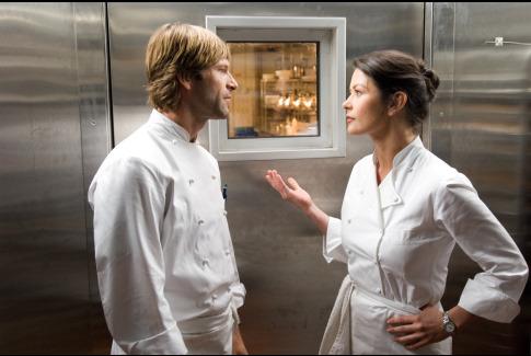 Ízlések és pofonok (No Reservations) - A két főszereplő a hűtőkamrában dumál