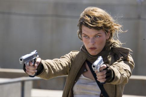 Kaptár 3 - teljes pusztulás - Milla Jovovich keménykedik