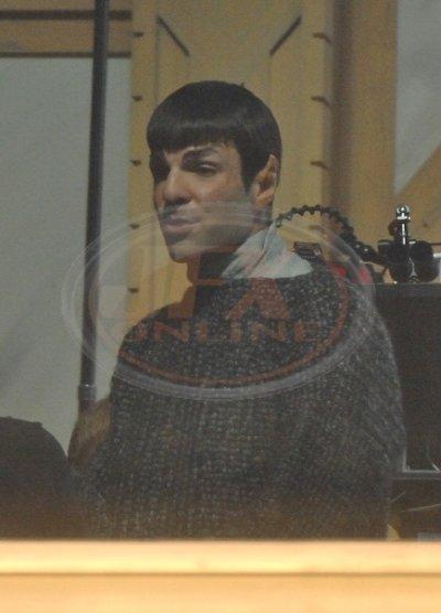 Star Trek Spock Zachary Quinto épp megszemélyesíti