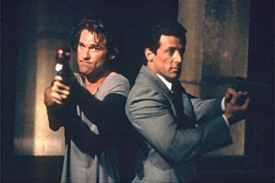 Cash (Kurt Russell) és Tango (Sylvester Stallone) nagyot arat