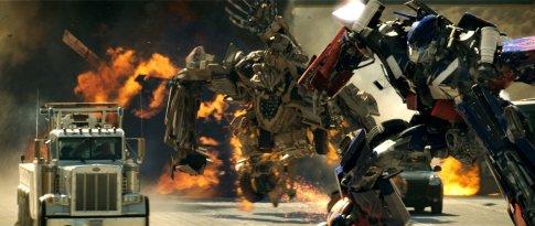 Transformers - harc az autópályán