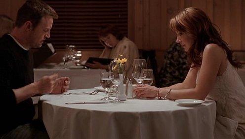 Numb az éttermi asztalnál is
