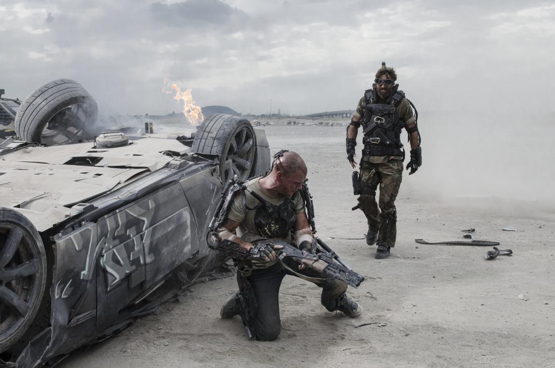 Az Elysium főszereplői: Matt Damon és Sharlto Copley