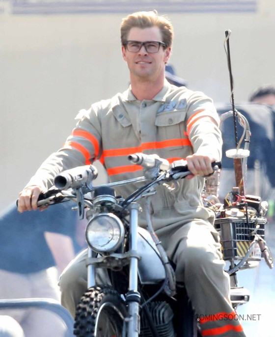 """Exclusive... 51825828 Actor Chris Hemsworth wears his Ghostbusters uniform as he rides a motorcycle on the set of """"Ghostbusters"""" on August 17, 2015 in Boston, Massachusetts. FameFlynet, Inc - Beverly Hills, CA, USA - +1 (818) 307-4813"""