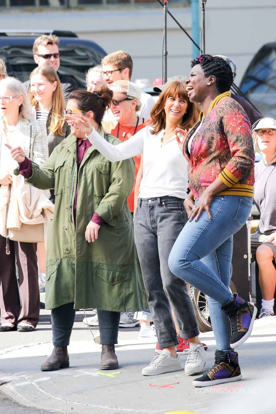 """Melissa McCarthy, Kristen Wig, and Kate McKinnon On Set For New """"Ghostbusters"""" Movie"""